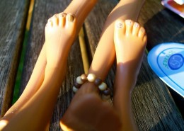 barbie_feet-690x460
